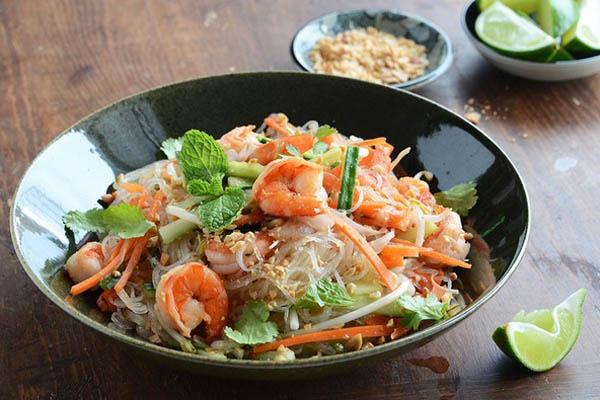 bún gạo xào singapore