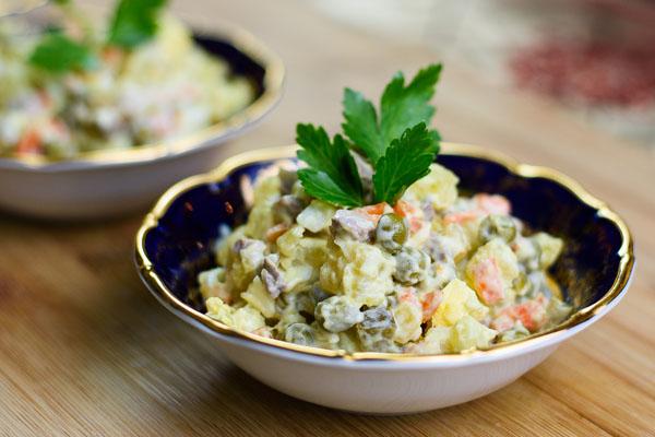 salad rau củ nga