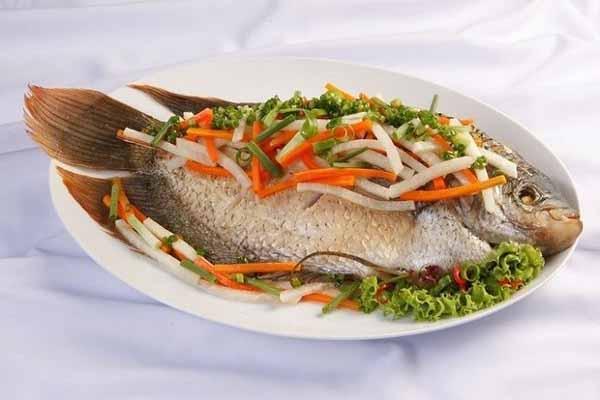 món ăn chế biến từ cá