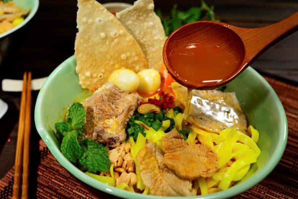 Cách Nấu Mì Quảng Thịt Heo Theo Công Thức Chuẩn - Đầu Bếp Gia Đình