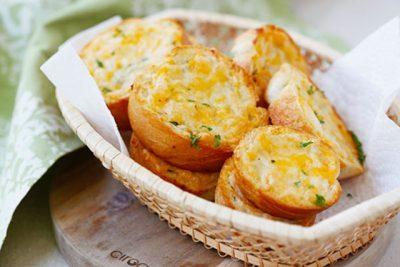 Hình ảnh bánh mì nướng bơ tỏi