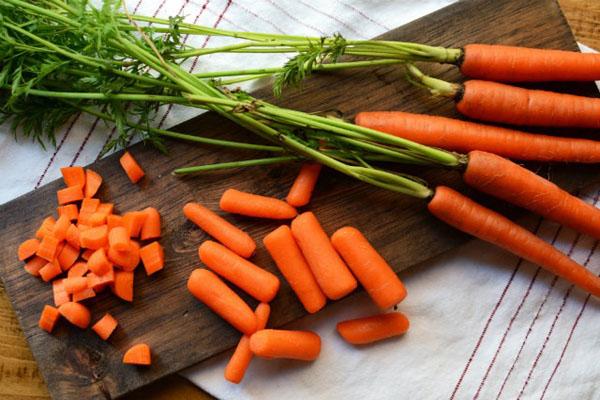Công dụng làm đẹp từ cà rốt bạn nên biết