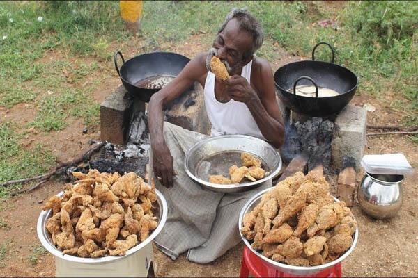 Thánh nấu ăn Ấn Độ Arumugram