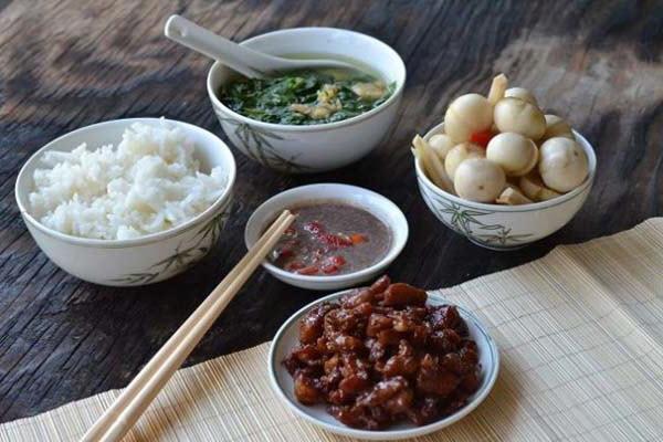 7 món ăn xuất hiện nhiều nhất trong các bữa cơm gia đình việt