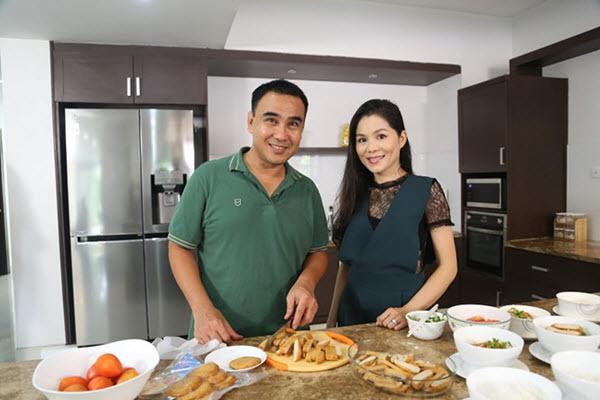 Những Sao Việt Là Cao Thủ Bếp Núc Tại Gia