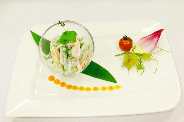Salad măng tây thịt xông khói