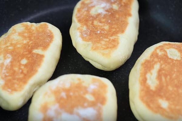 bí quyết làm bánh cream bun