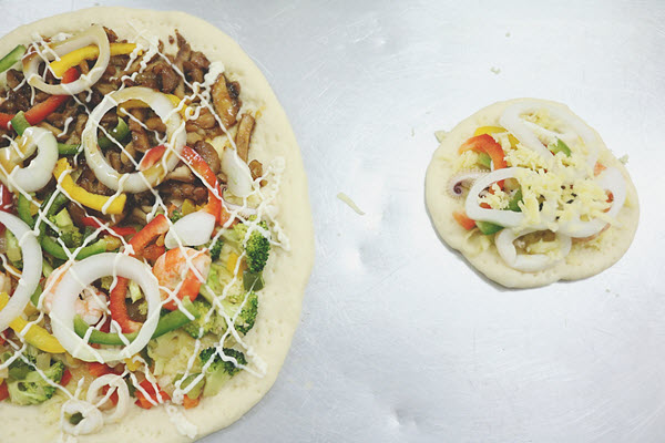 bí quyết làm bánh pizza hải sản