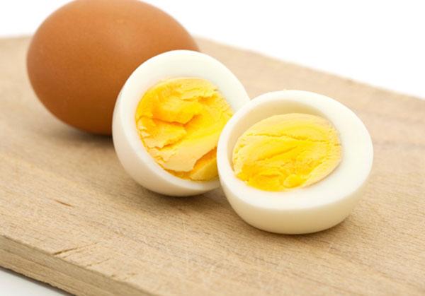 cách luộc trứng ngon