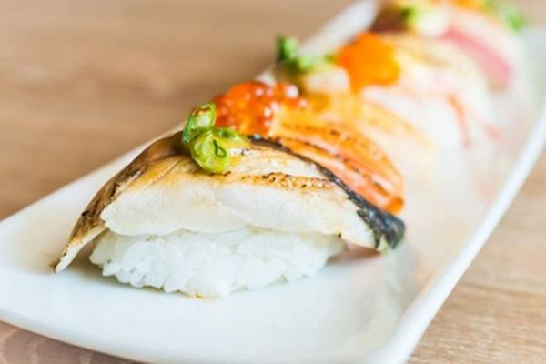 Cơm giấm làm sushi