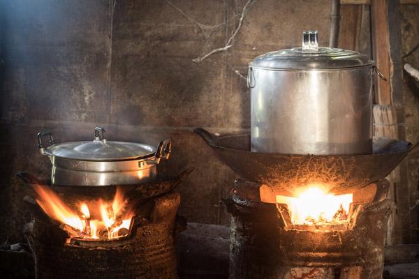 Bếp củi – căn bếp tuyệt vời nhất trong kí ức