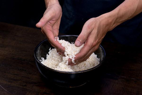 Hình gạo nếp ngâm