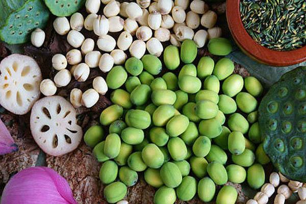 Những loại hạt mẹ bầu nên ăn để con cùng khỏe