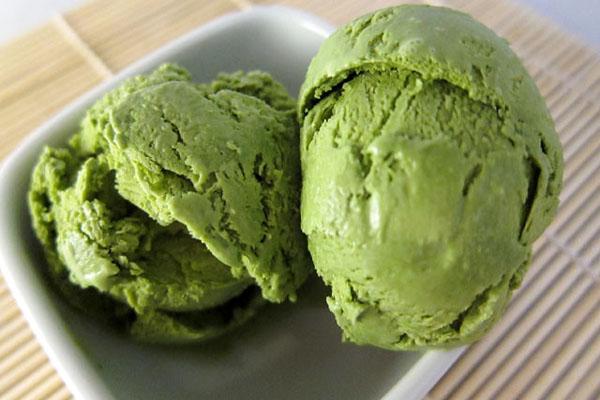 Hình kem màu xanh