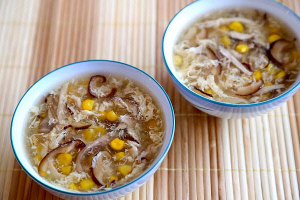 hình súp gà nấm hương