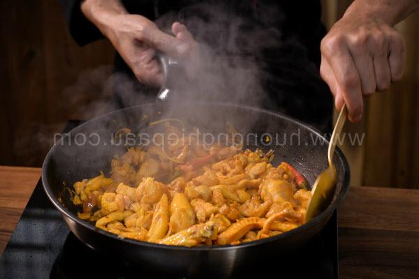 Hình xào thịt gà thịt tôm