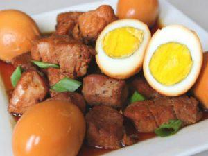 hình món thịt kho trứng cút - trứng vịt