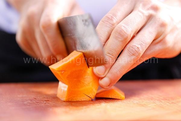 hình tỉa sao cà rốt