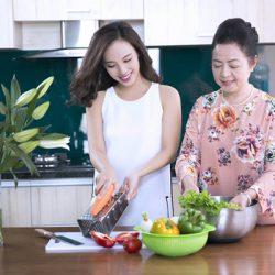 Sống chung với mẹ chồng sẽ đơn giản hơn rất nhiều nếu bạn biết nấu ăn