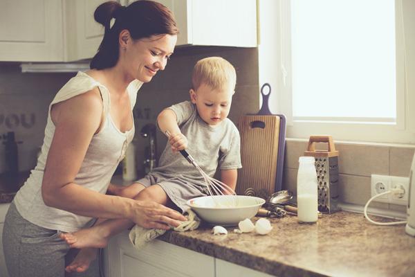 Bí quyết để con trẻ hào hứng vào bếp