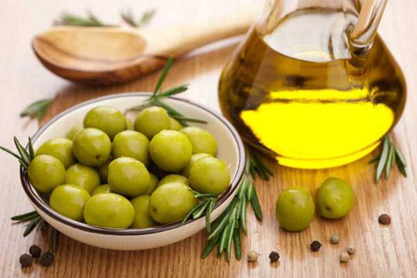 Sử dụng dầu oliu trong chế biến