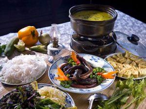 cách nấu lẩu lươn chua cay