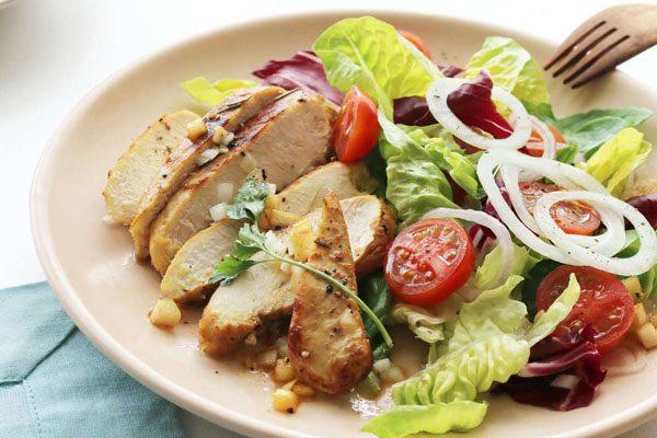 món salad ức gà