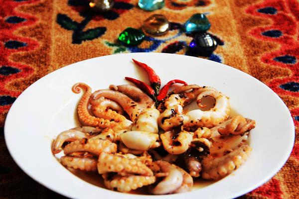 bạch tuộc nướng sa tế