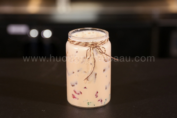 Trà sữa thạch củ năng