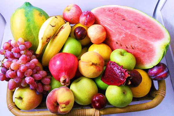 nhiều loại trái cây