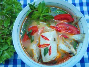 canh cá khoai nấu gót