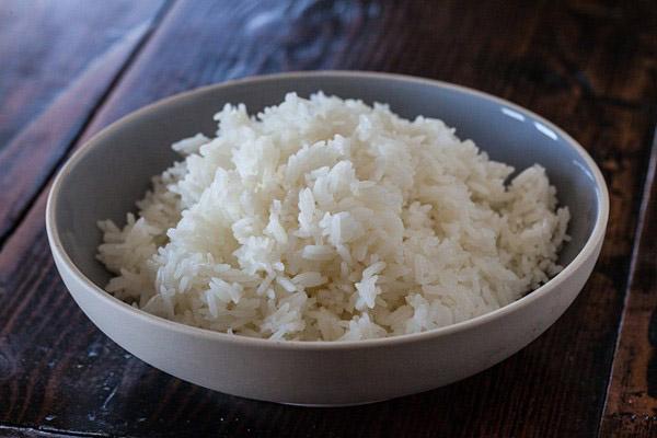 làm cơm chiên từ cơm nguội