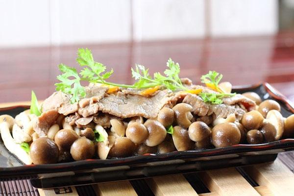 nấm xào thịt bò